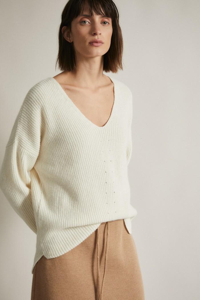 Pullover with V-Neckline GOTS