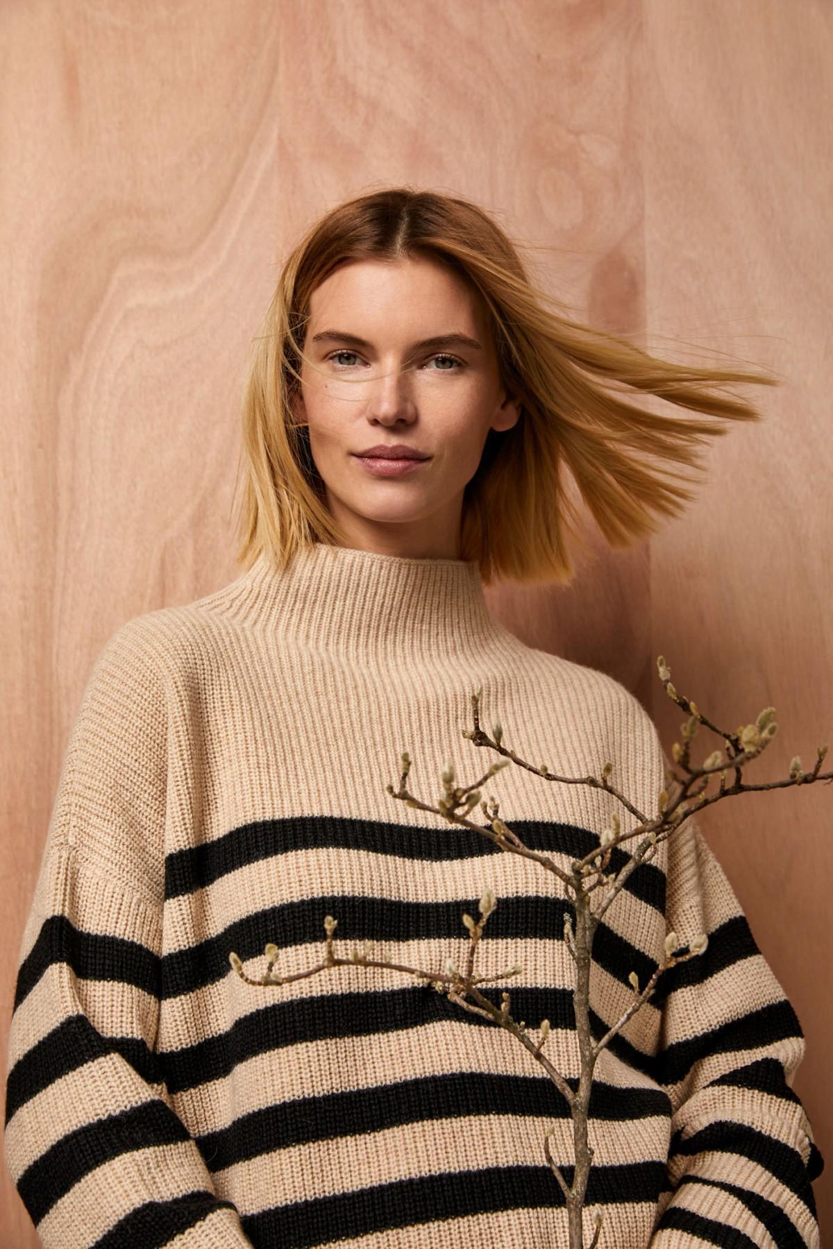 Boxy-Pullover mit Streifen