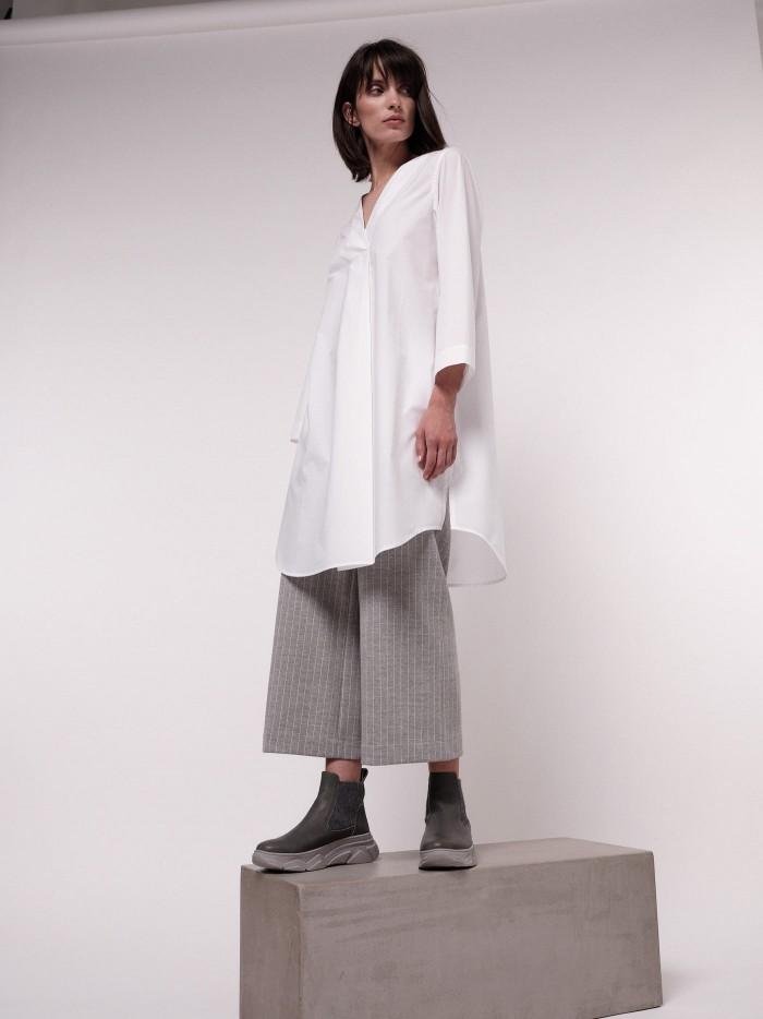 Blusenkleid mit V-Ausschnitt