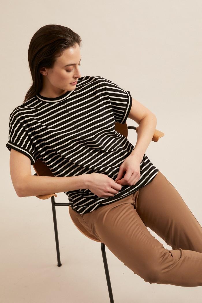 Shirt mit überschnittener Schulter GOTS