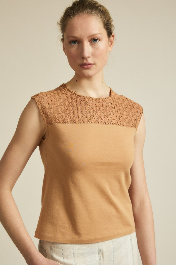Shirt with lace insert