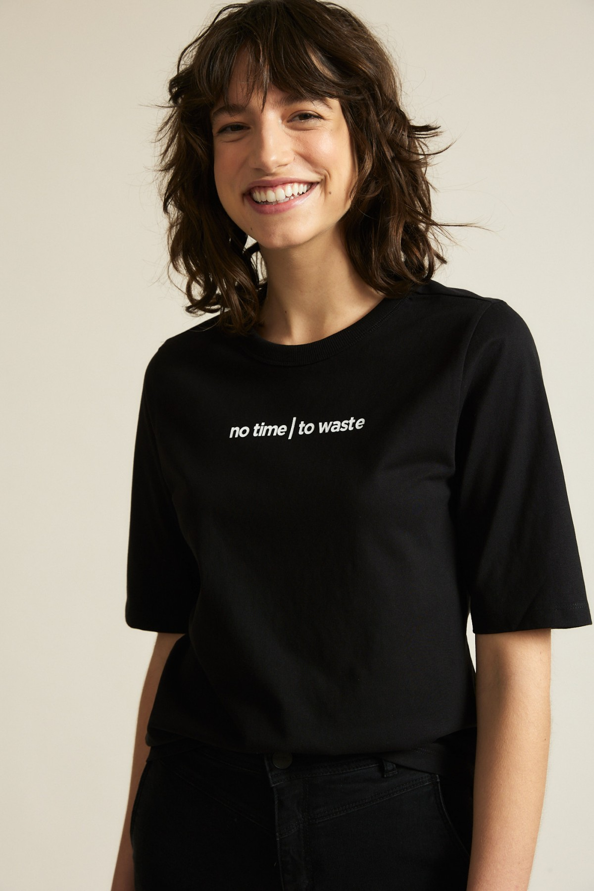 """Charityshirt """"no time to waste"""""""