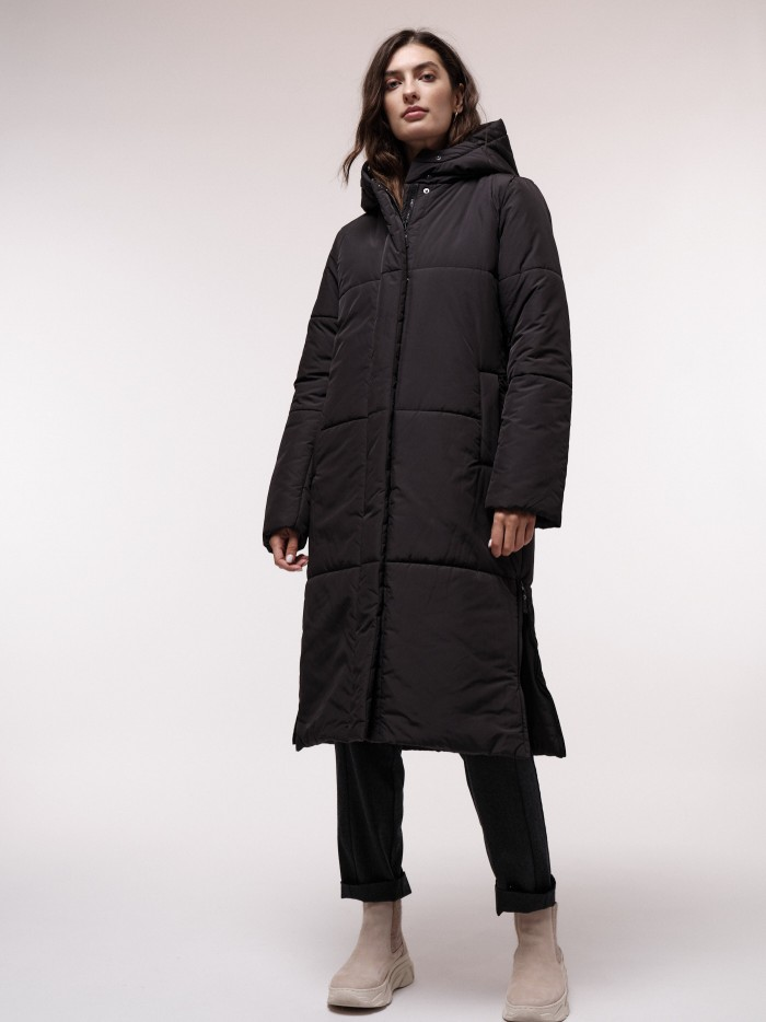 Wattierter Mantel aus recyceltem Polyester