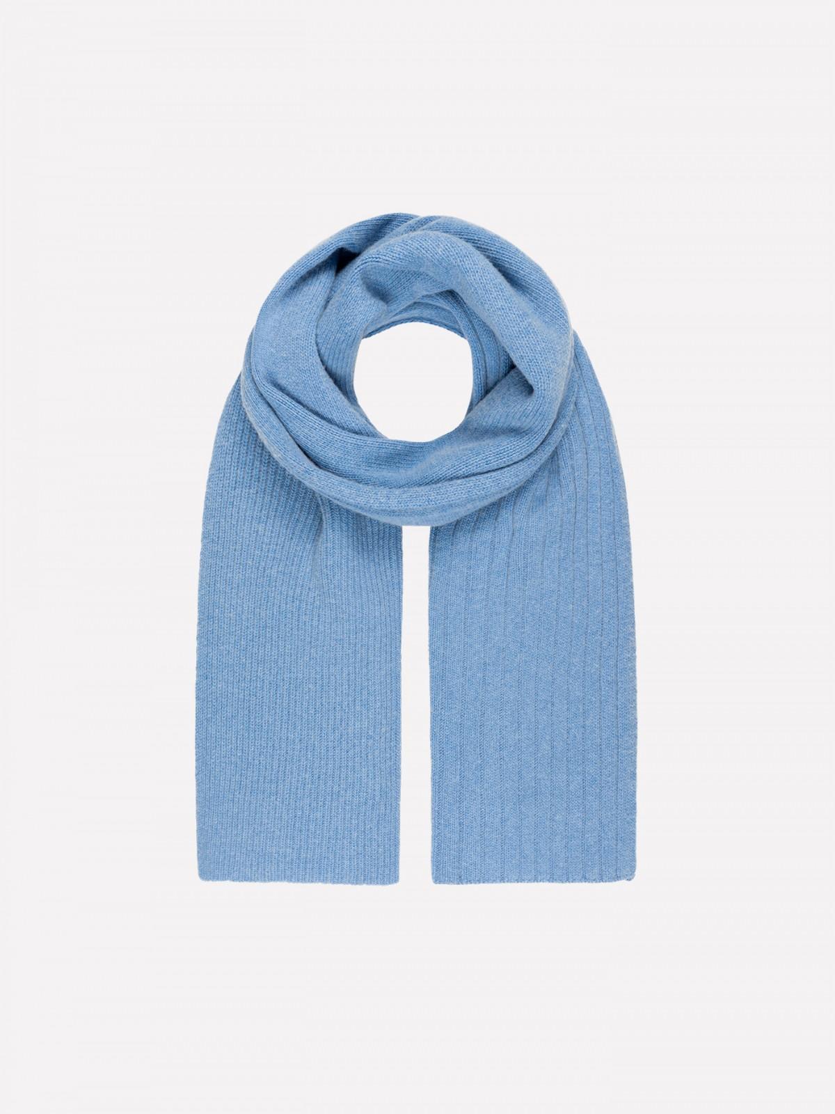 Coarse knit organic virgin wool and organic cotton scarf