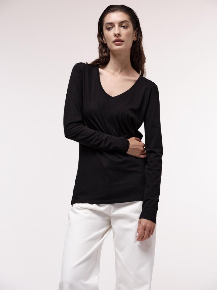 Shirt with V-Neckline GOTS