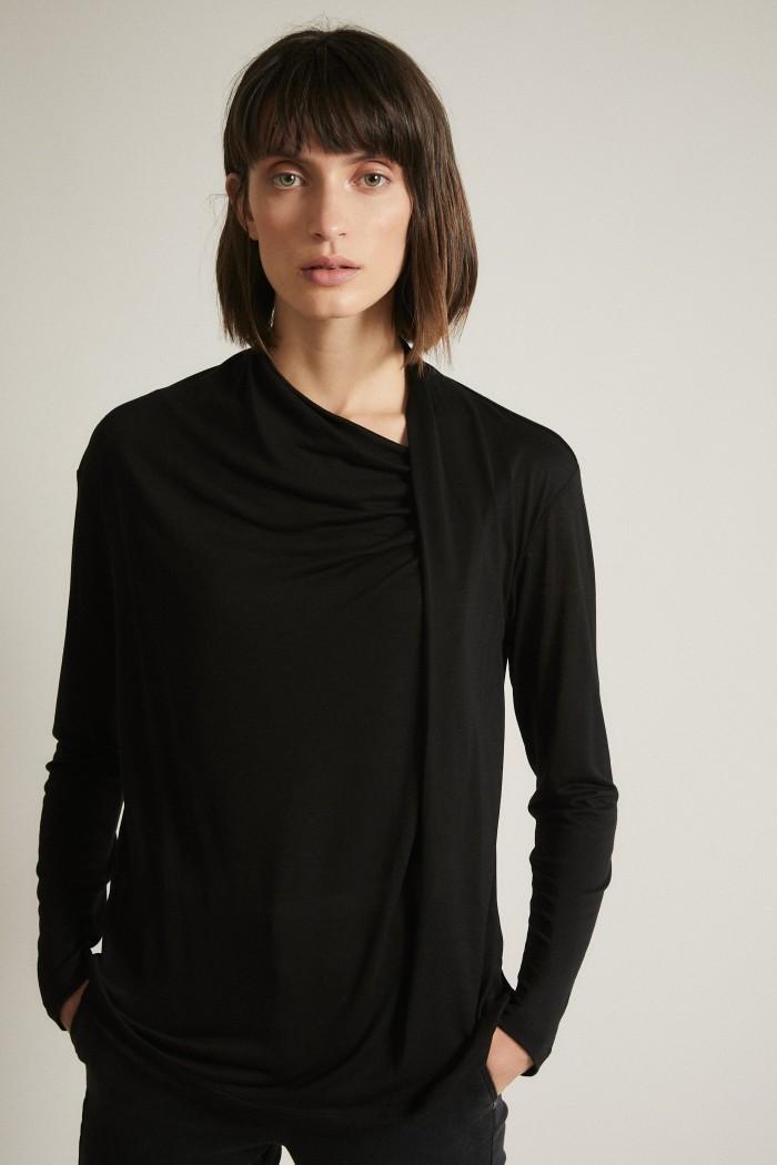 Shirt mit Drapierung