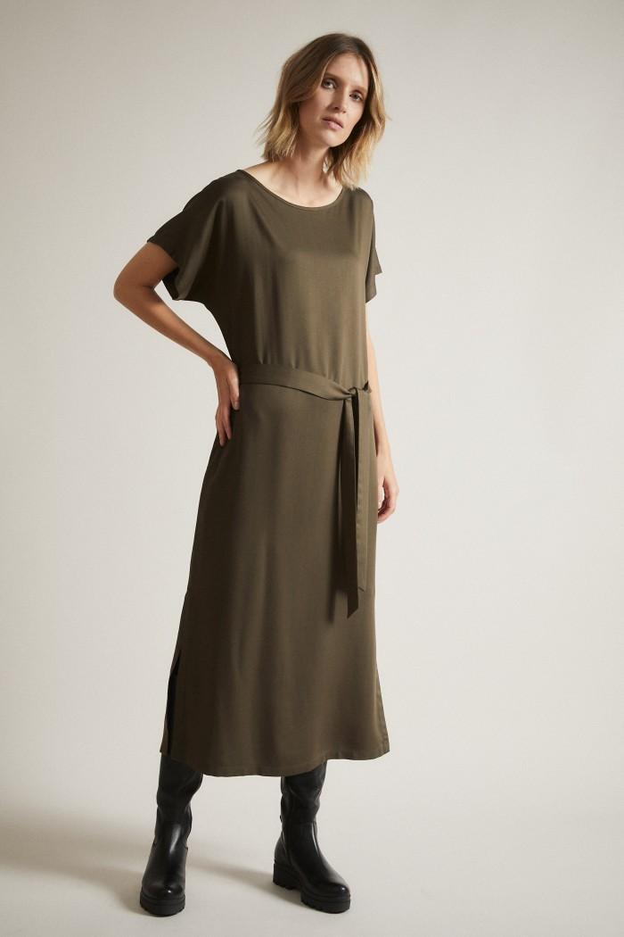 Satin-Kleid