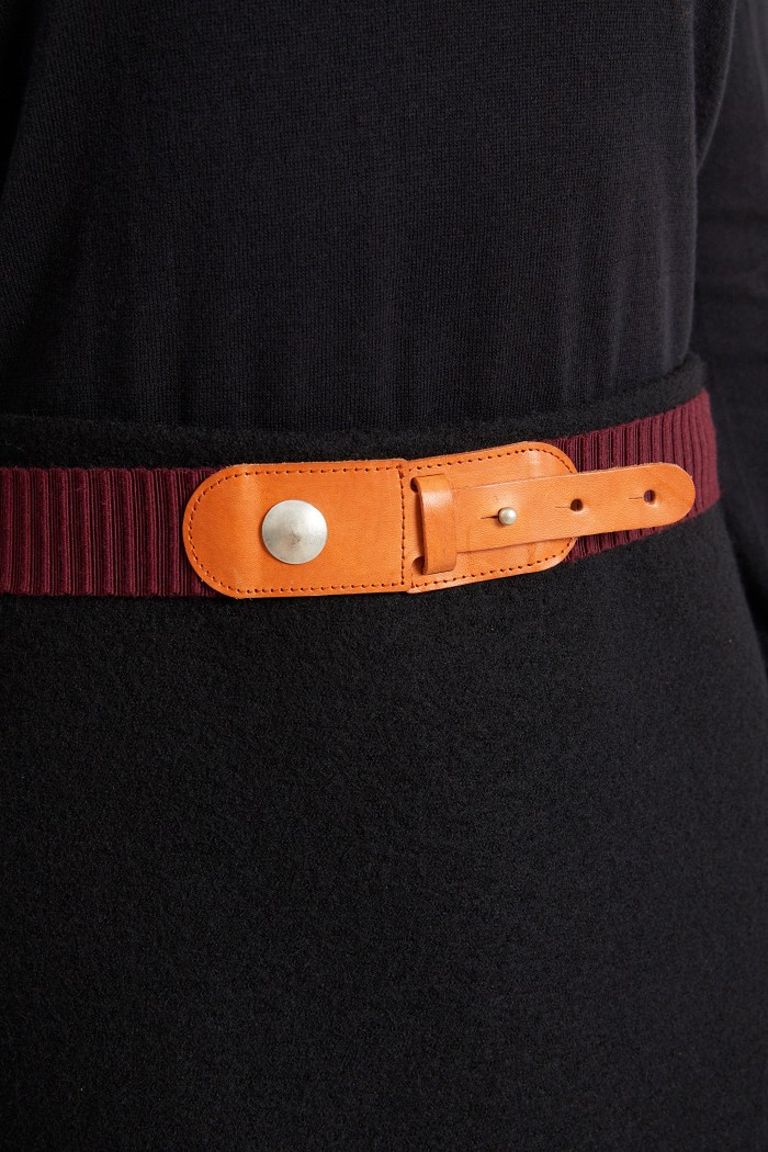 ELASTIC BELT made of Leather